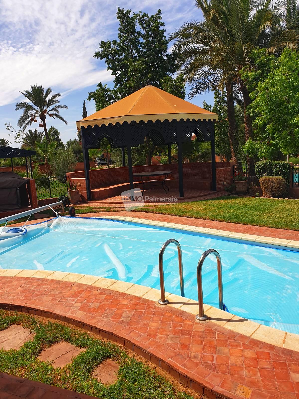 Superbe villa dans une résidence sécurisée à Marrakech